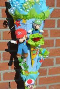 selbstgebastelte Super Mario Schultüte 4