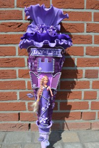 Barbie Rapunzel an Schultüte